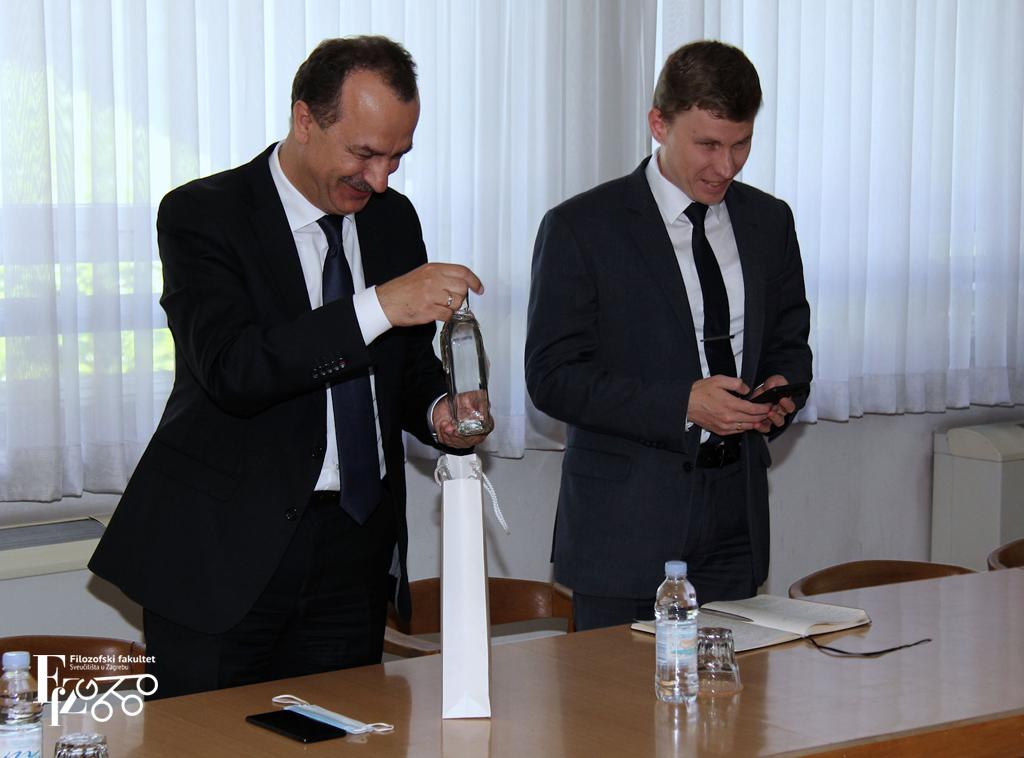10_Posjet Veleposlanika Ukrajine Filozofskome fakultetu